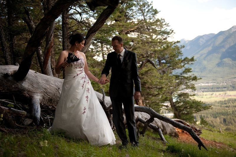 German-Canadian wedding in Banff (Canadian Rocky Mountains)