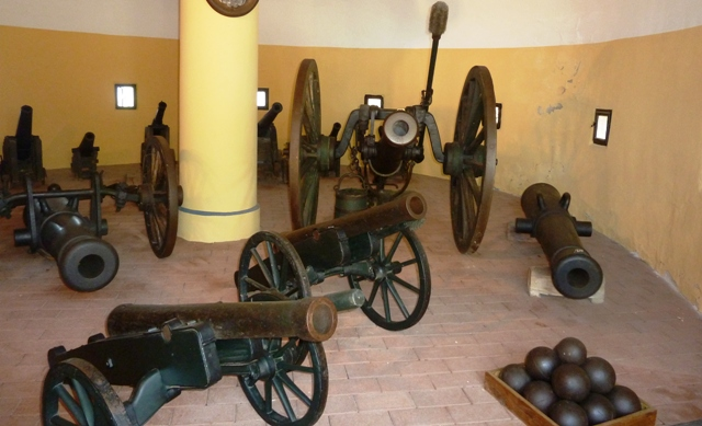 Cannons used to defend the castle