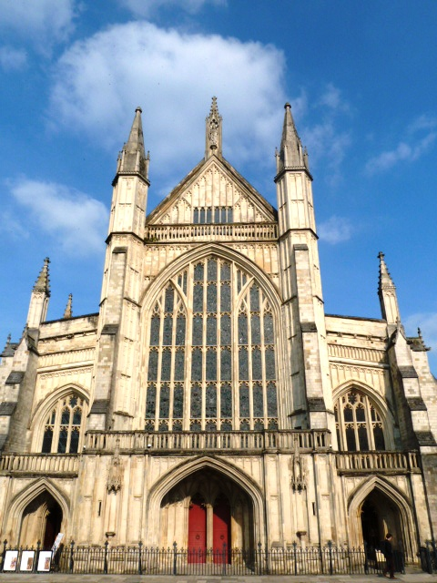 Things to do in Winchester, England: Visit Winchester Cathedral
