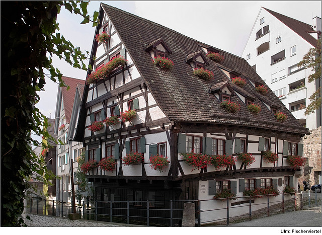 SchiefesHaus in the Fishermen's Quarter
