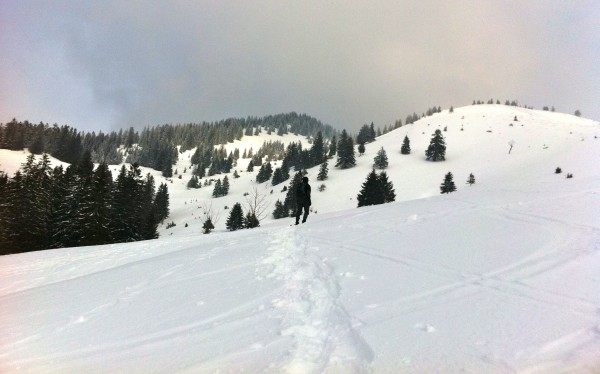 winter hiking german alps own path