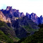 Hiking in the Drakensberg Amphitheater