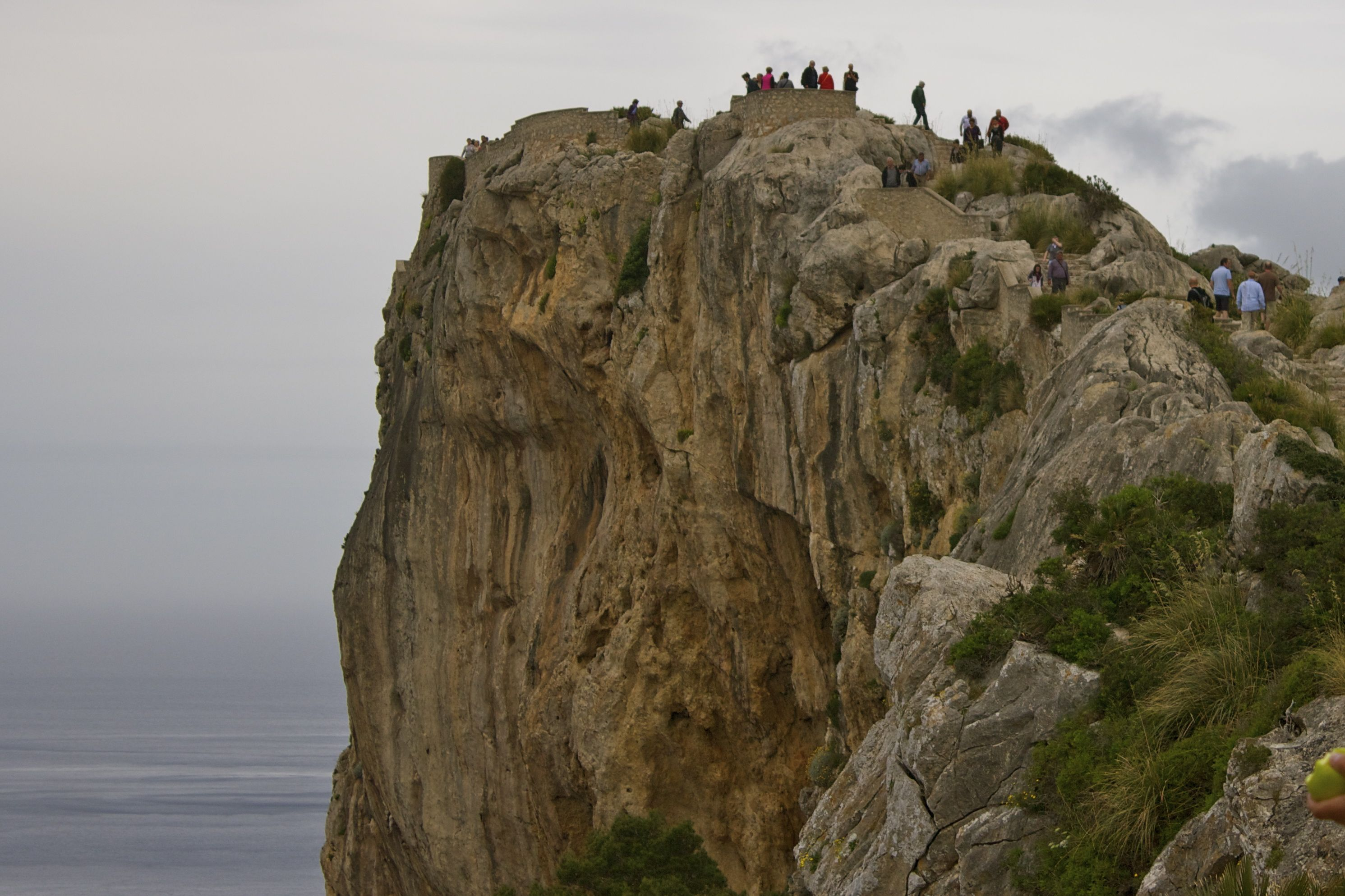 adventure travel in Mallorca: hiking