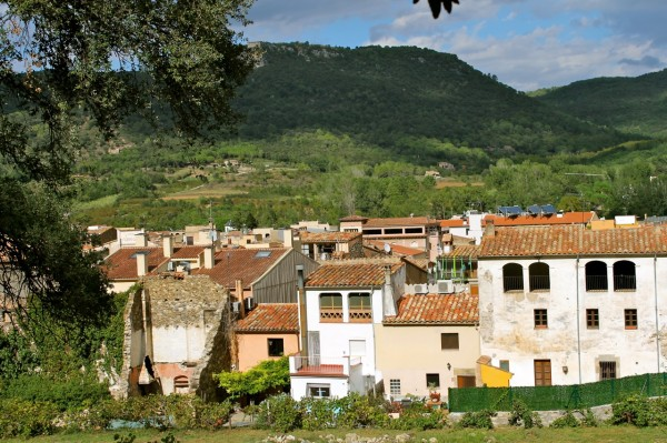 cycling in Costa Brava  you will pass by small villages