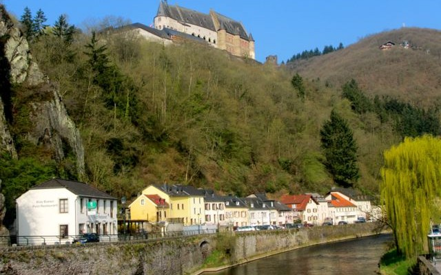 hiking the ardennes Vianden Castle