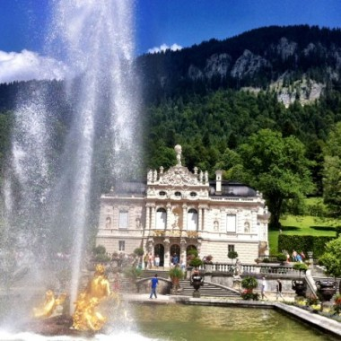 Linderhof castle and fountain