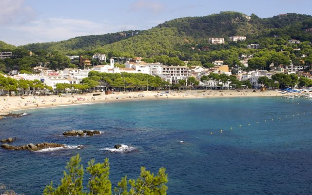 sandy beaches of Calella de Palafrugell