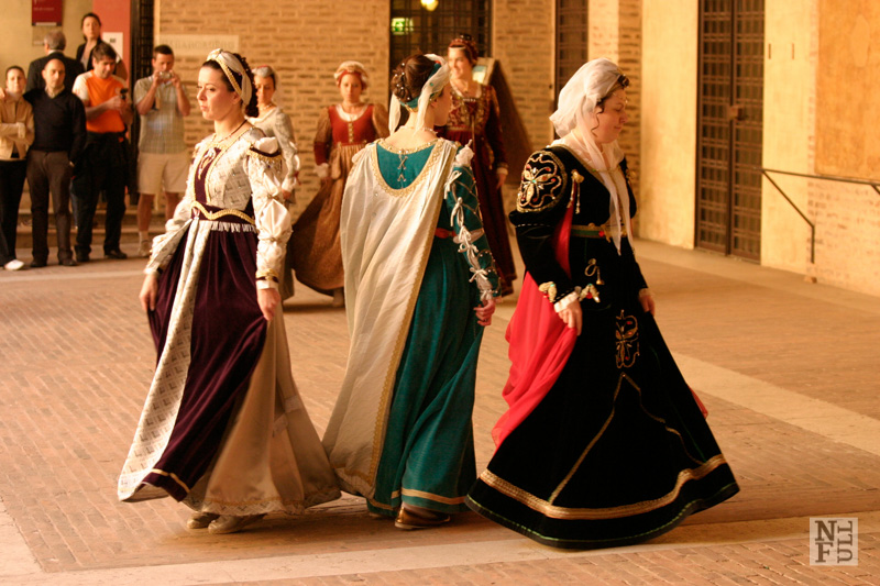 Palio event featuring dancing Renaissance dressed women