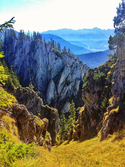 hiking laber schartenkoepfe to Oberammergau in the German Alps
