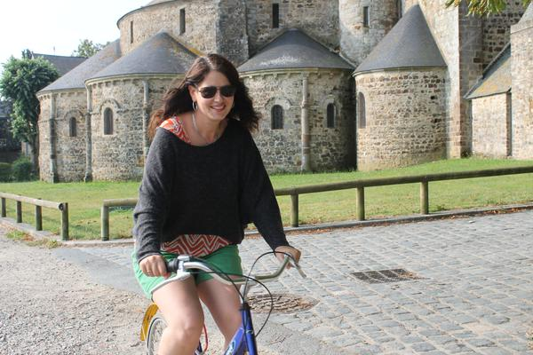 Laurel on a leisurely bikeride, not a multi-day adventure cycle trip