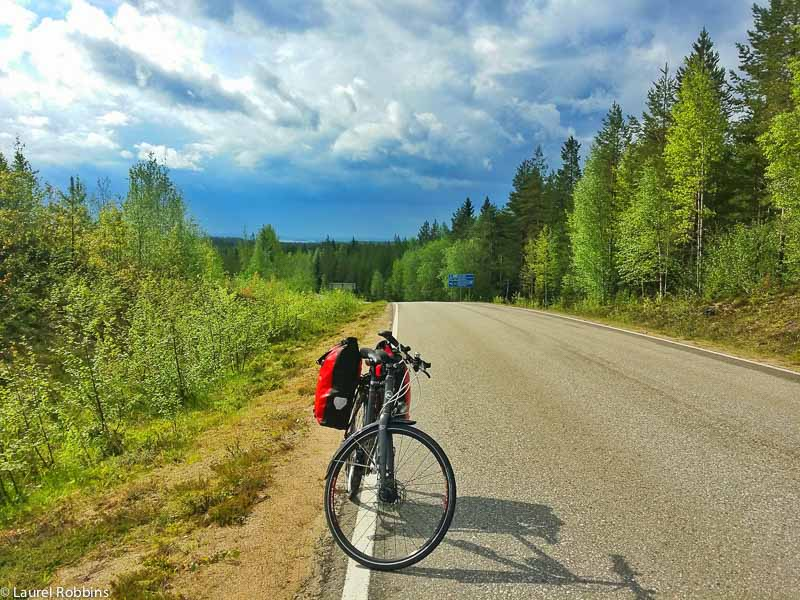 adventure cycling in Finland on good roads