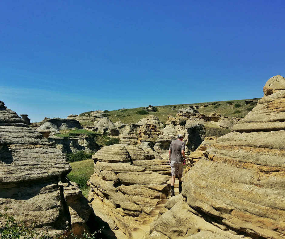 Writing-On-Stone: Your Guide to Exploring This Site in Alberta, Canada