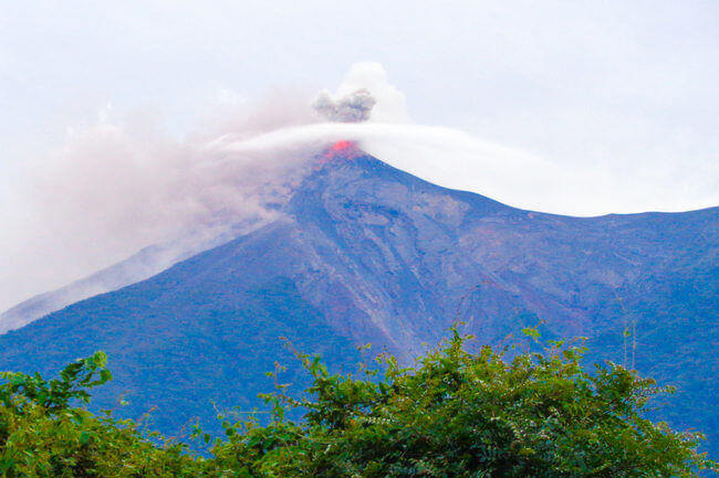 Eruption_from_fuego_volcano
