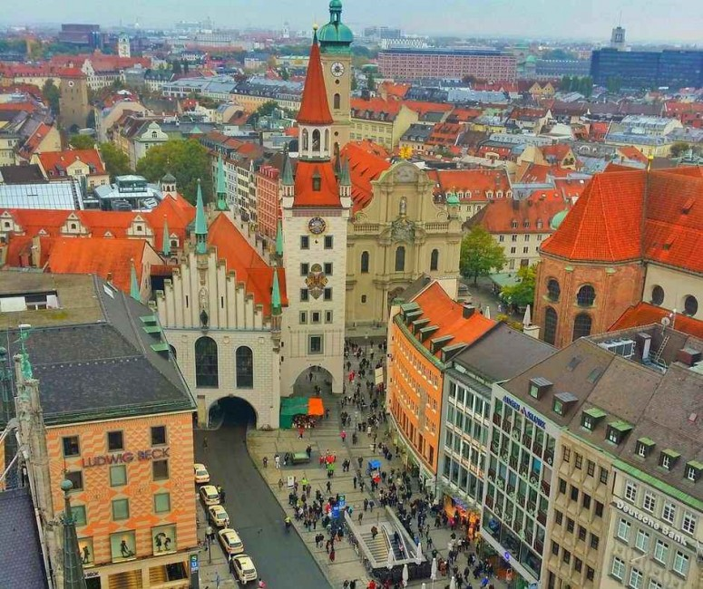 View of Marienplatz in Munich, Germany