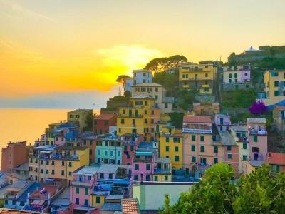 travel to Cinque Terre Italy