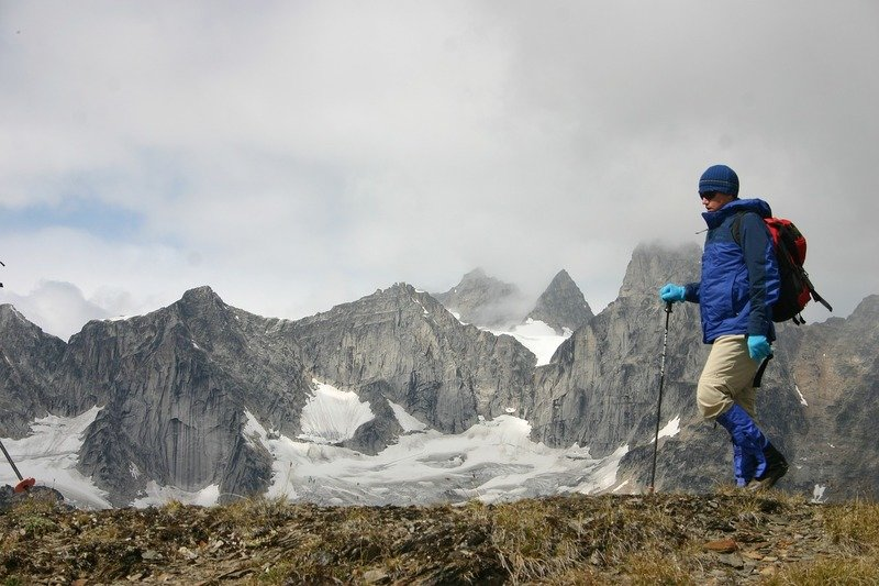 How to Choose Hiking Poles