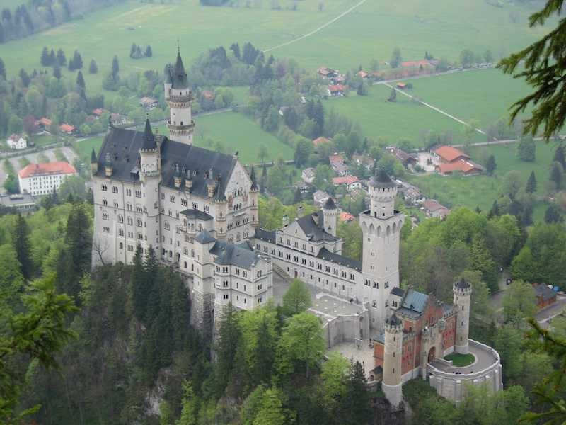 neuschwanstein_castle_in_germany the cinderella castle