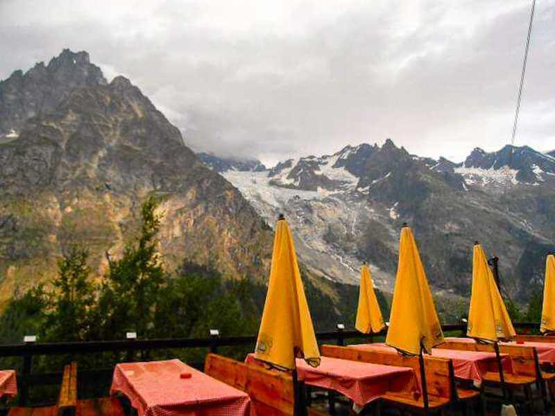 tour du mont blanc mountain hut
