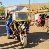 Madagascar travel nature culture-77