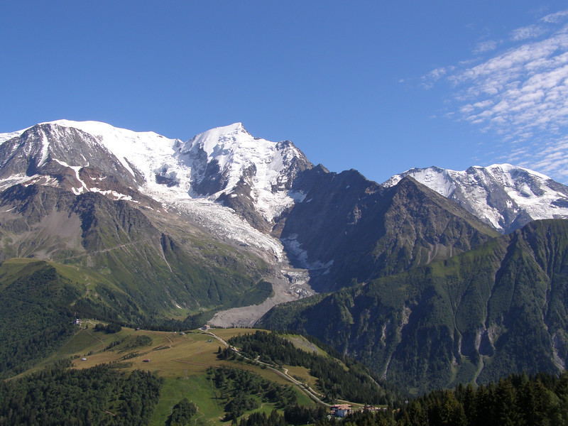 you'll pass Sommets et glacier dans le massif on y our Tour du Mont Blanc self guided tour