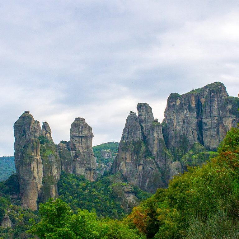 there are 64 bolted climbing routes in Meteora Greece
