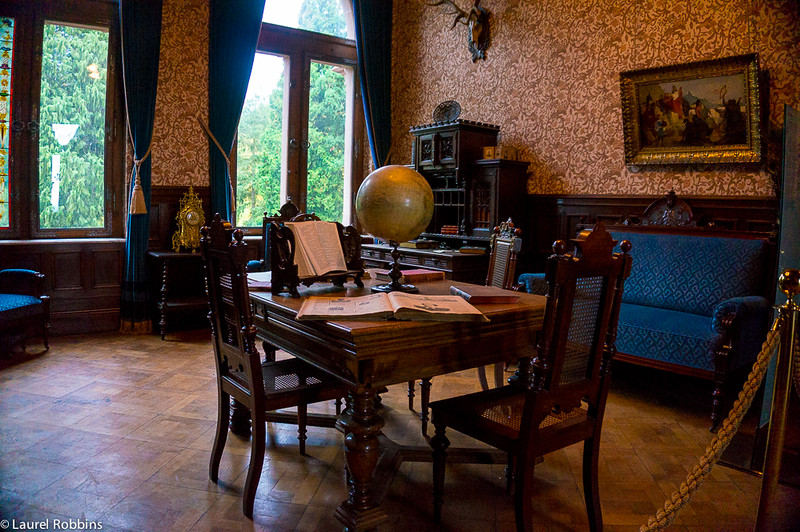 When you study Germany, will your study place look like the library in Drachensburg Castle?