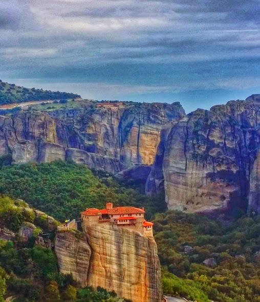 Meteora Monastery photo, the second largest monastic community in Greece.