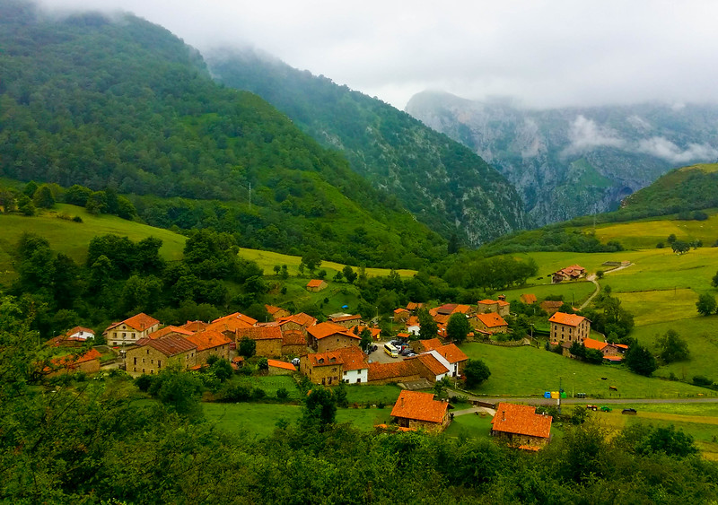 The village of Cicera was our end point for walking a short section of the Camino Lebaniego.