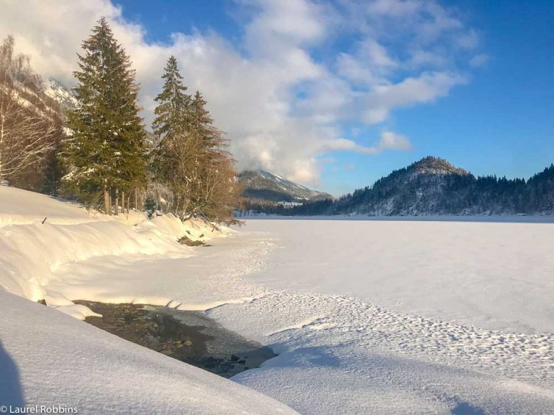 Snow-covered Hintersteiner Lake