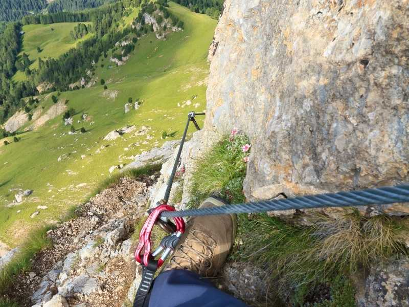 you stay safe when doing a via ferrata with a carabiner