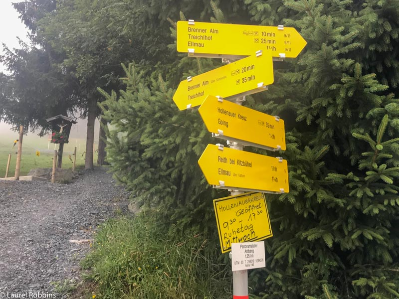 There are lots of hiking trails in Wilder Kaiser as you can see from the signs.