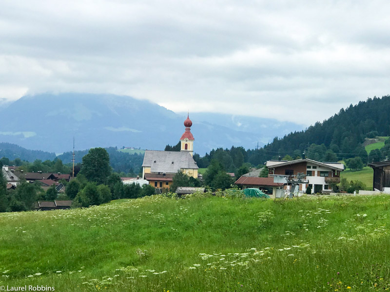 You can start hiking directly from the four villages in Wilder Kaiser and hike from village to village.