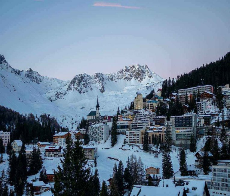Arosa is the perfect place to stay when skiing in in Arosa-Lenzerheide