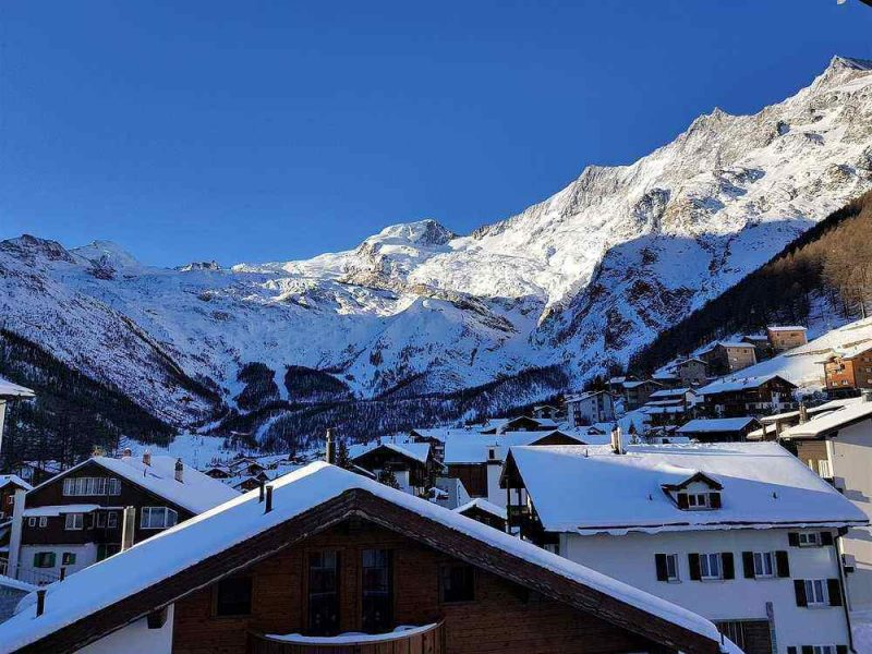 Saas-Fee is a cheaper ski resort in Switzerland perfect for skiing and snowboarding