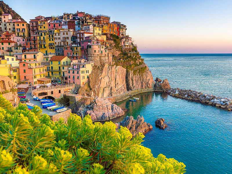 self-guided walking tour in Cinque Terre
