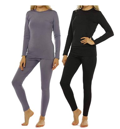 women's thermal underwear are the base layer for winter hiking clothing
