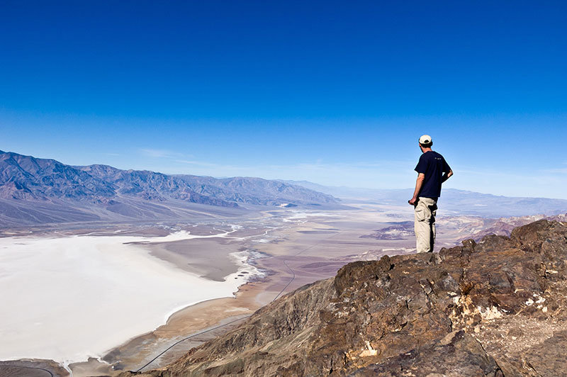 Don't miss out on Dante's View when visiting Death Valley National Park. It offers one of the most breathtaking panoramas of Death Valley.