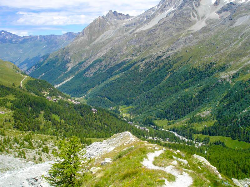 Hiking from Chamonix to Zermatt