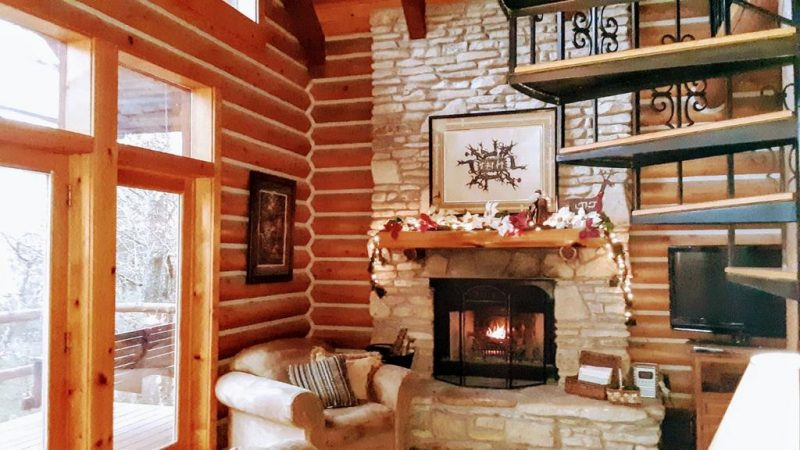 Enjoy a luxurious cabin rental in the U.S