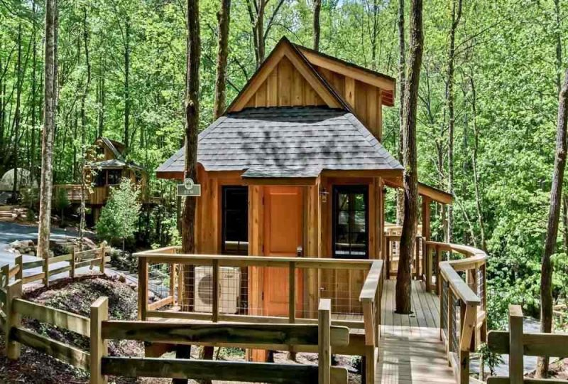 This luxury treehouse is perfect for a getaway