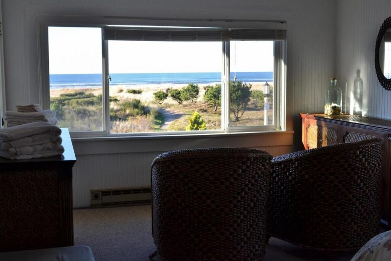 Have a great stay with sea views this summer