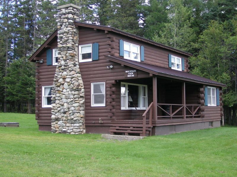 Try out a log cabin on your next vacation