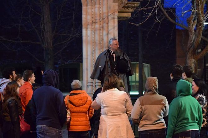 Wander the streets of Boston and night and learn all about its haunted sites