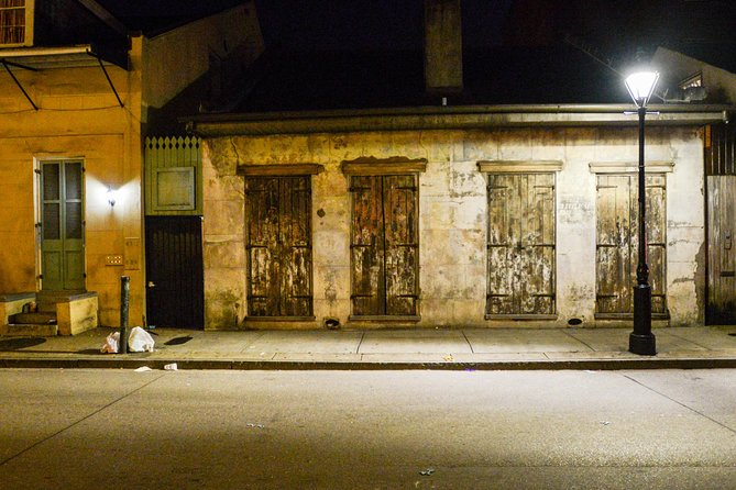 Learn al about the hauntings of New Orleans