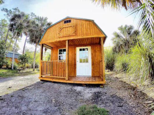 Rustic Swamp Cabin in the Everglades Florida