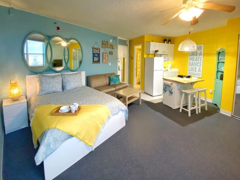 Stay at an adorable studio in Daytona