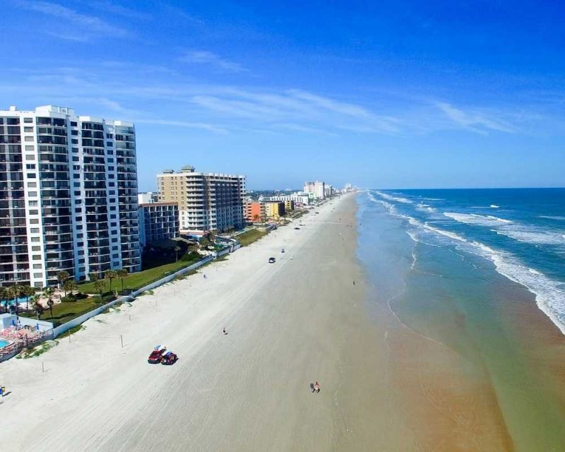 vacation rentals and airbnbs on Daytona Beach