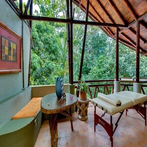 Enjoy holistic healing at this yoga retreat in Costa Rica