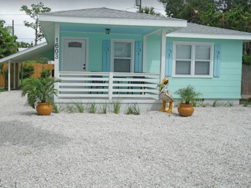 This Charming Cottage is a great place to stay in Clearwater Beach
