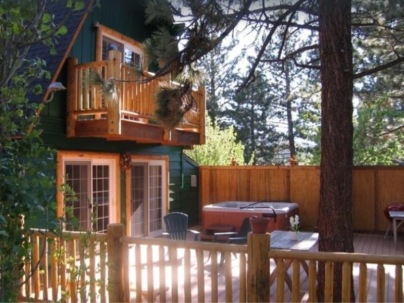 The Moonridge Spa Cabin is a great Big Bear Rental